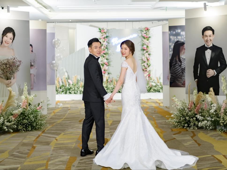ชุดแต่งงานสวยหรู